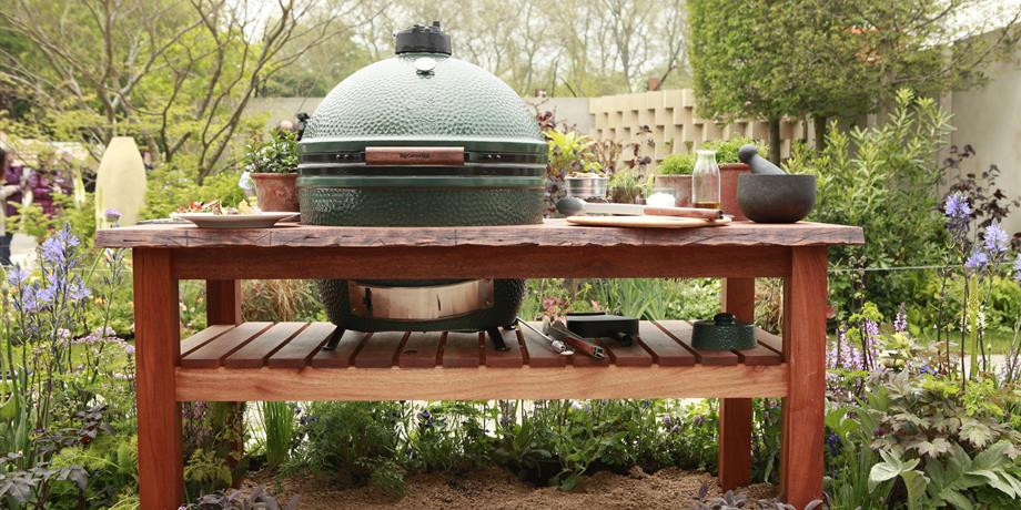 The Big Green Egg at Farndon Fields