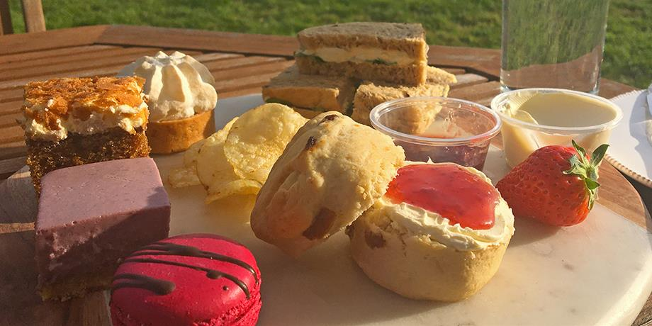 Farndon Fields takeaway afternoon tea